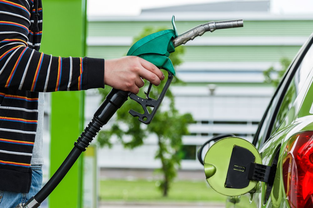 etanol-combustivel-abastecimento-shutterstock_283692368