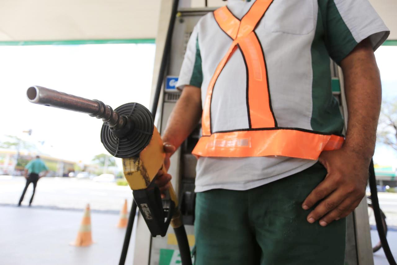 trabalho intermitente em postos de combustíveis