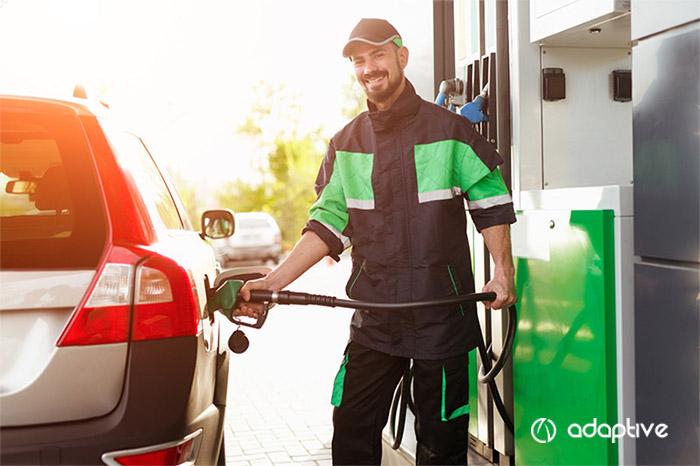 Como manter o engajamento dos funcionários em seu posto de combustível