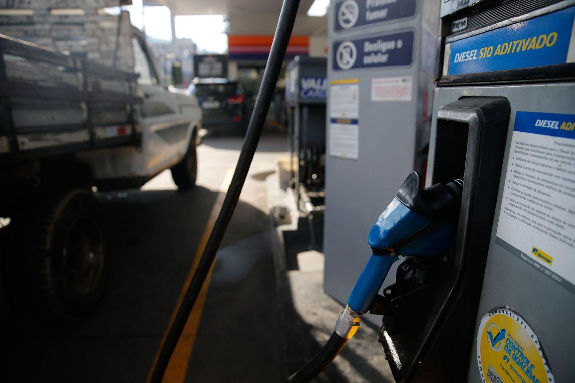 Bombas de combustíveis terão certificação digital a partir de dezembro