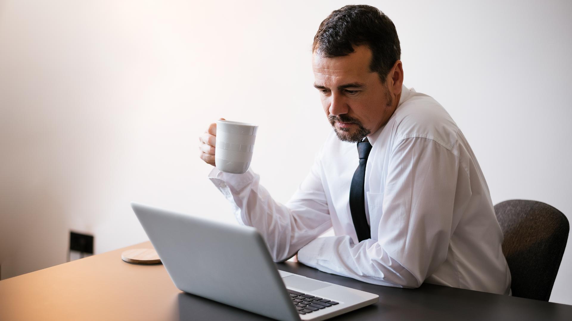 Como realizar as atividades do escritório do posto à distância